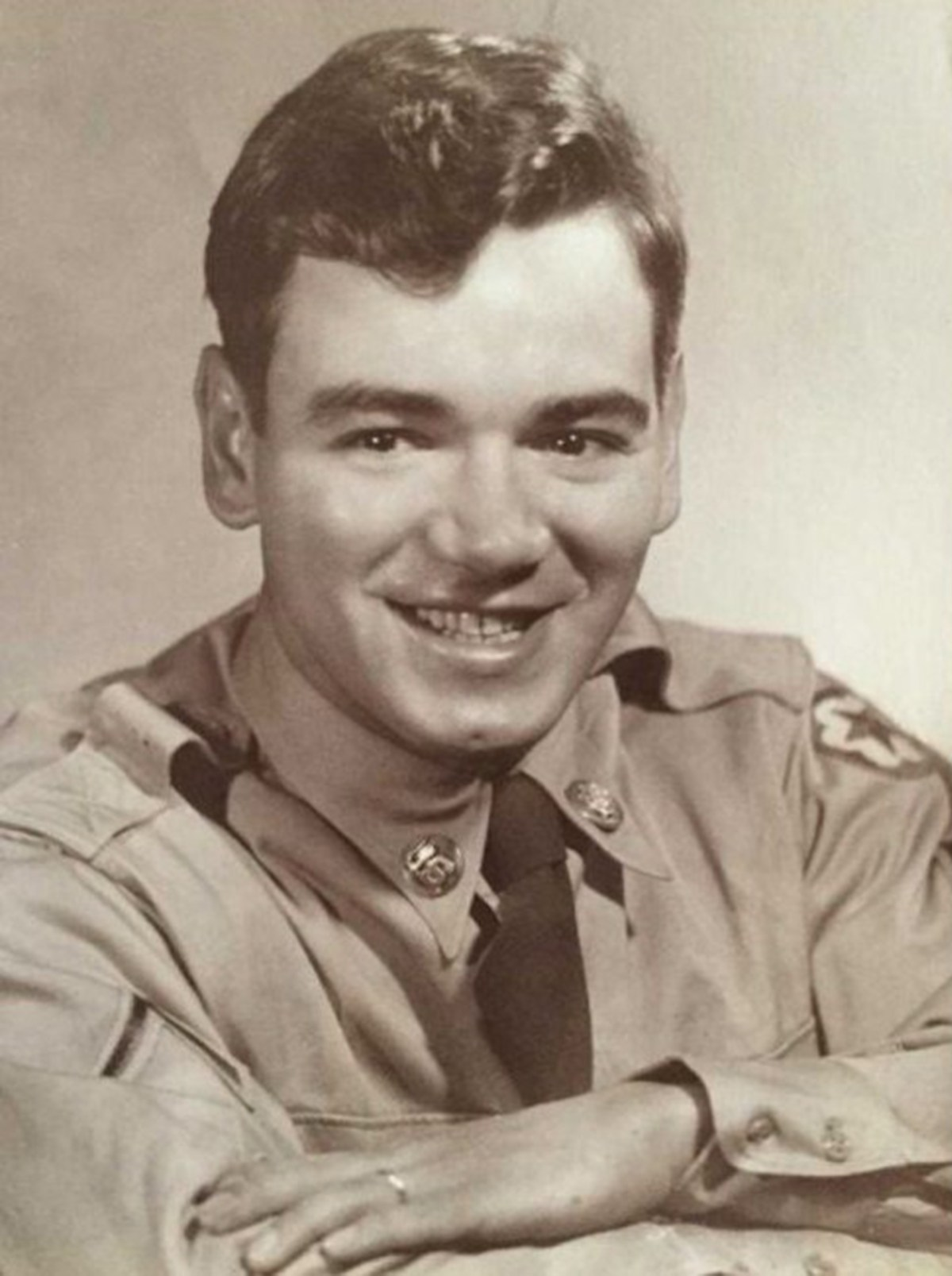 Military photo of Charles Correia.