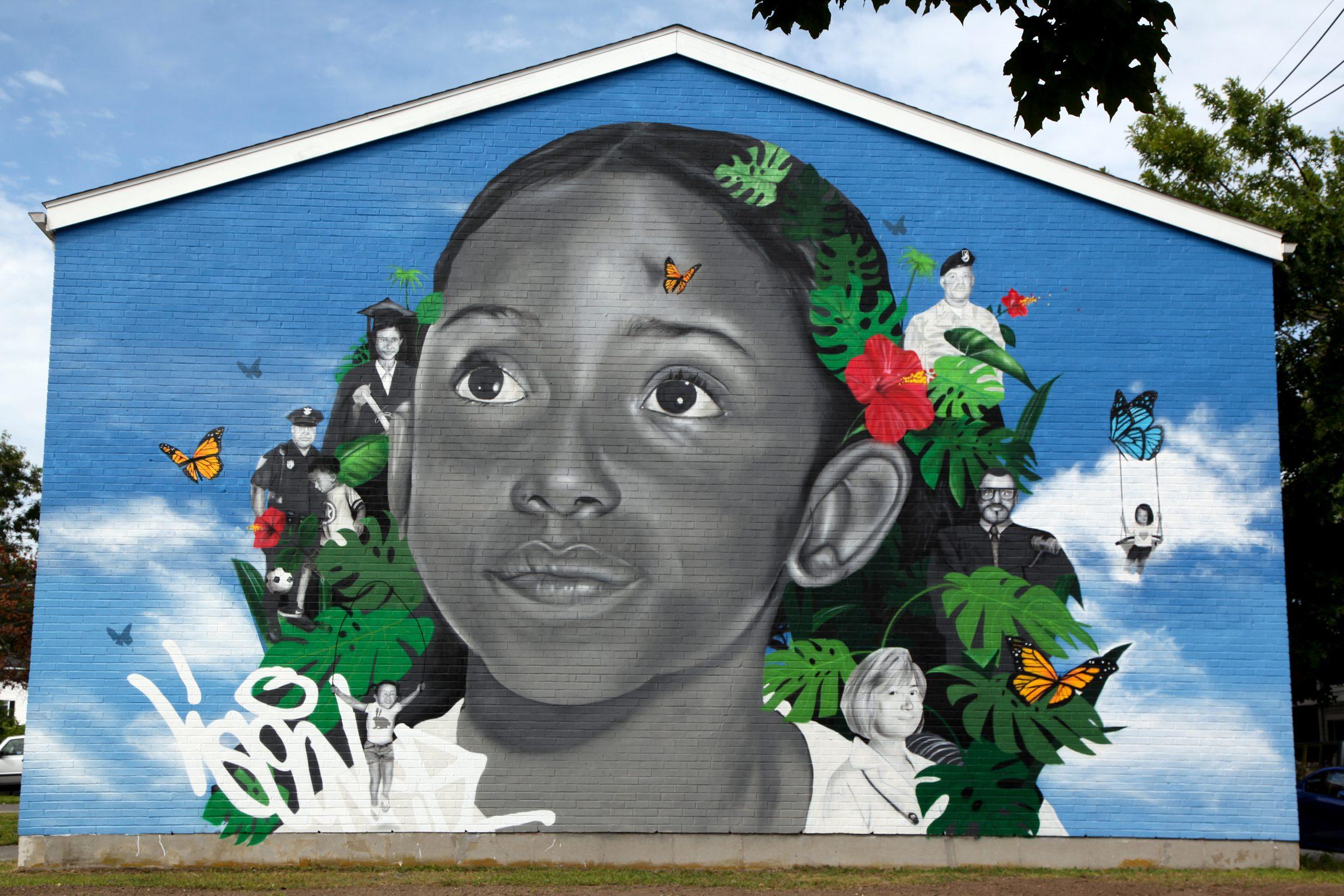 Create os Futuro mural in New Bedford.